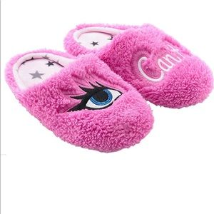 PJ Couture women's eye(I) can't plush slippers